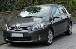 260px-Toyota_Auris_Facelift_front_20100926.jpg